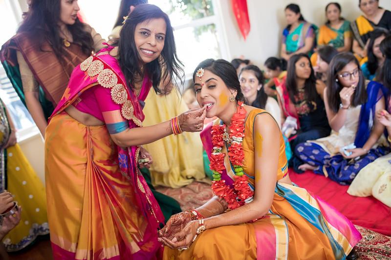 Hina_Pithi_Pooja-240.jpg