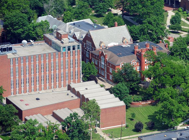 campus5898.jpg
