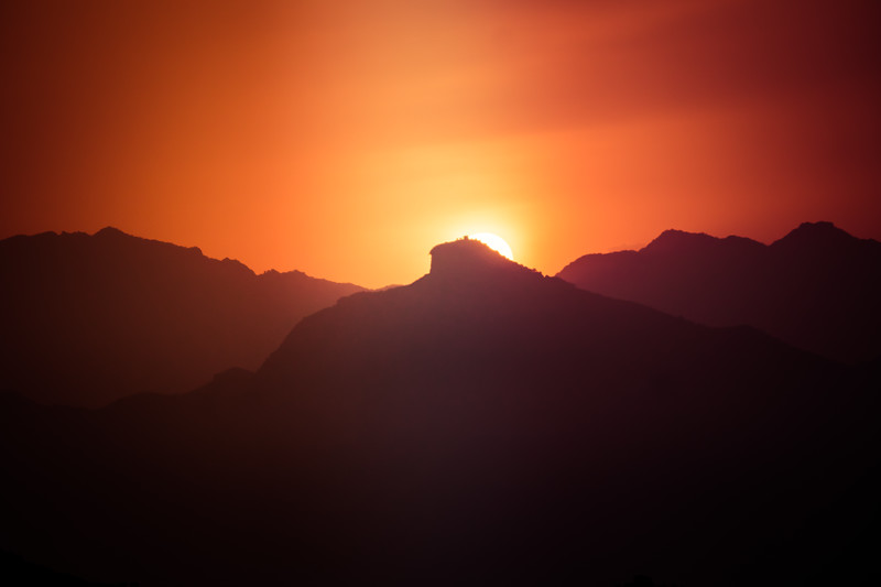 china-great-wall-red-sunset.jpg