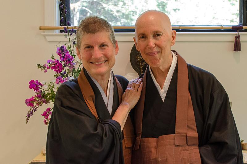 20130720-ZHS-Jill-brown robe-2753.jpg
