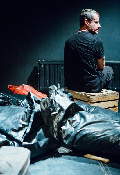 74_Macbeth - Divadlo Kontra - Greg Goodale-.jpg