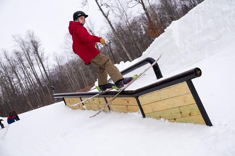 The-Woods_Snow-Trails-Mansfield-Ohio-8450.jpg