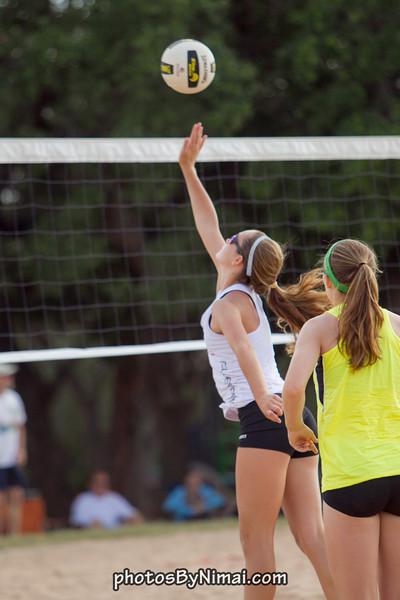APV_Beach_Volleyball_2013_06-16_9035.jpg