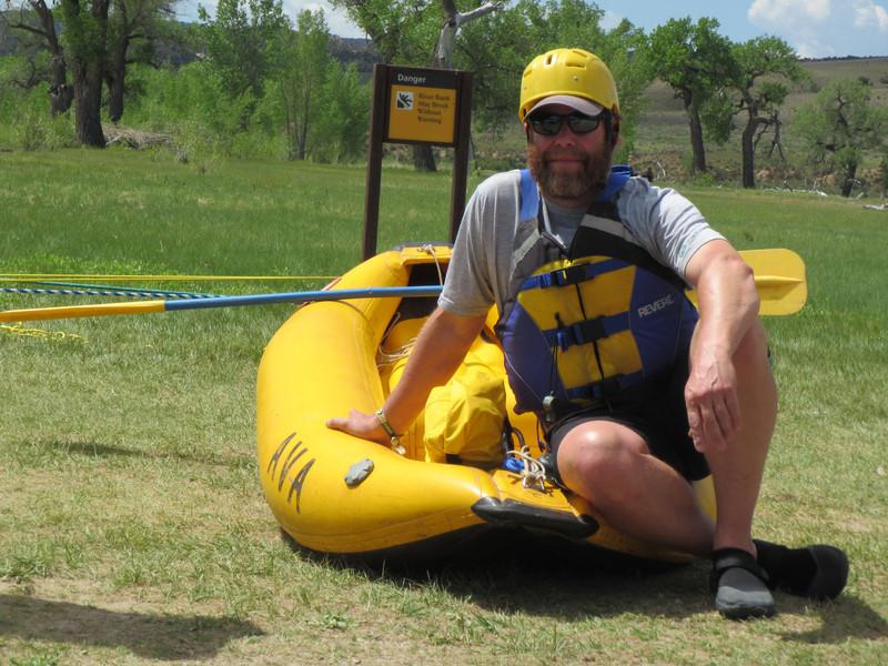 Matt Good aka the 'Fessor looking gooood with his duckie