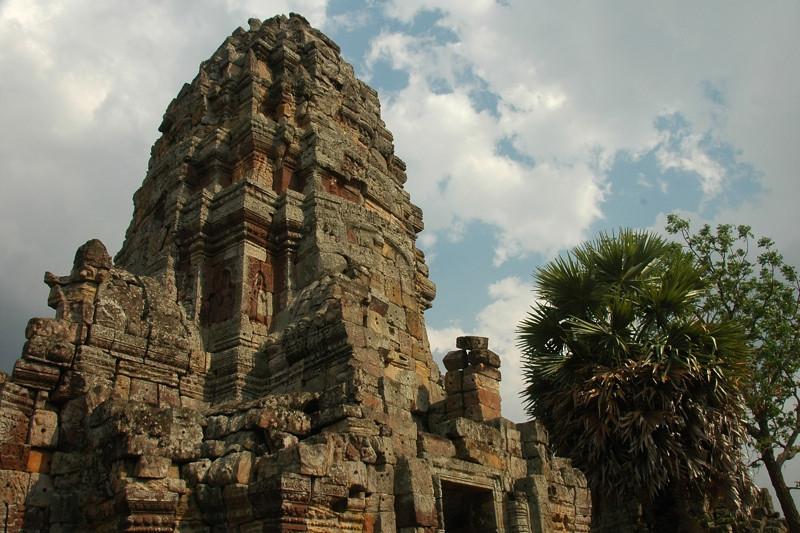 Wat Banan - Battambang, Cambodia