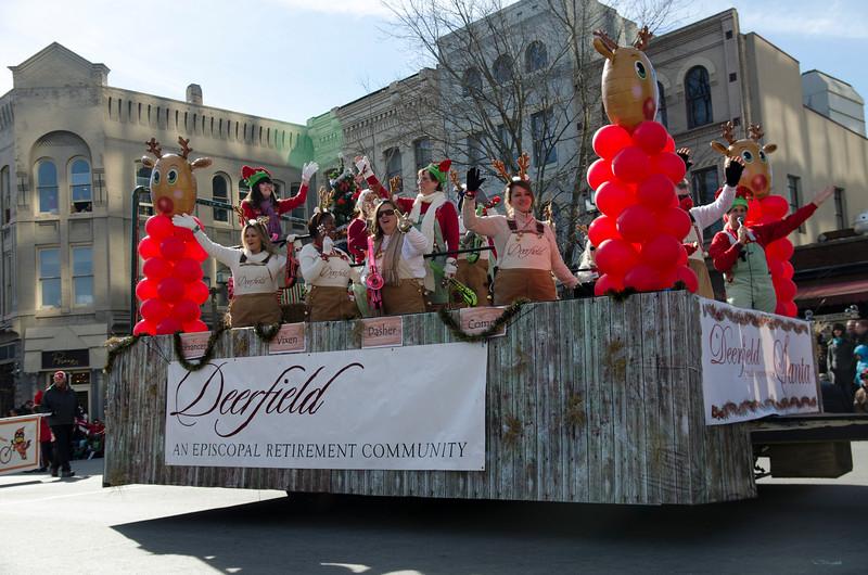 2014 Holiday Parade_60-1.jpg