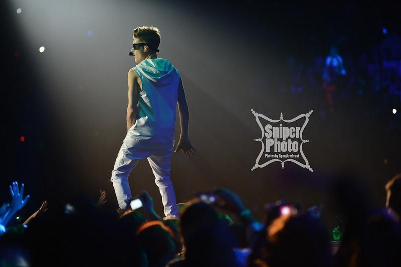 Justin Bieber at Yum Center in Louisville - Sniper Photo-3.jpg