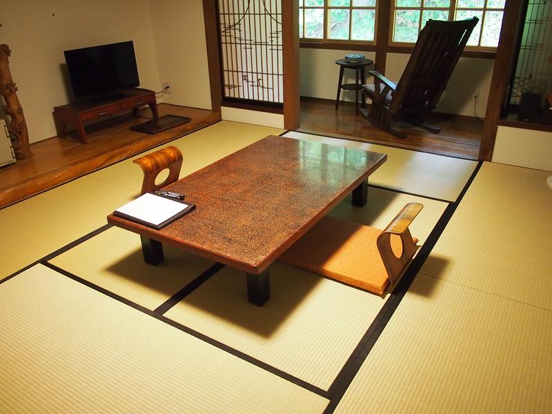 P9307848-onsen-accommodation.JPG