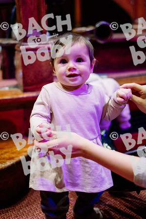 © Bach to Baby 2019_Alejandro Tamagno_Muswell Hill_2019-12-10 014.jpg