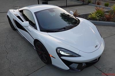McClaren 570s - White