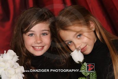 Discovery Family Portrait Day Nov. 13-14 2009