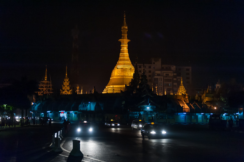 Shedagon Pagoa at Night-Myanmar.JPG