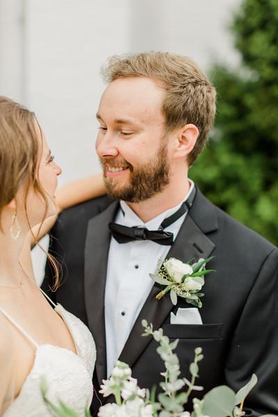 431_Ryan+Hannah_Wedding.jpg