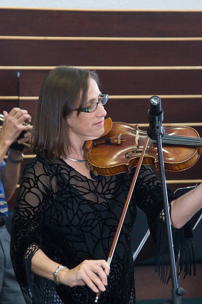 Debbie Fink, violin -- Siyum HaTorah -- Beth El's Project 613: Writing a Torah