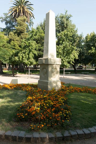MONUMENTO ESCRITORES-6.jpg