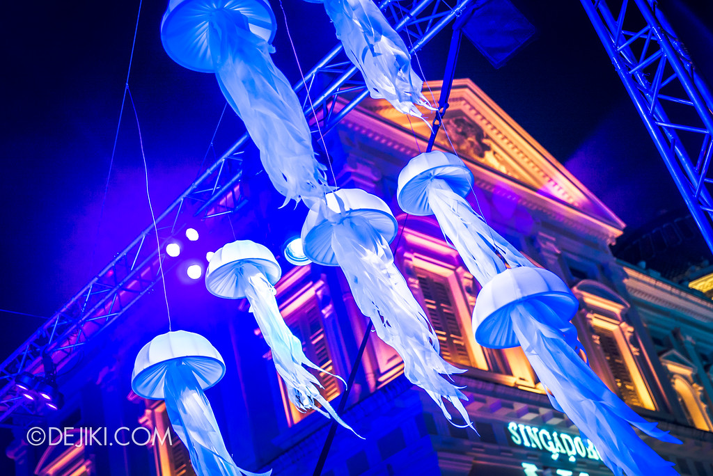 Singapore Night Festival 2018 - Night Lights / Aquatic Dream by Lekker Design and Auditoire 3 jellyfish