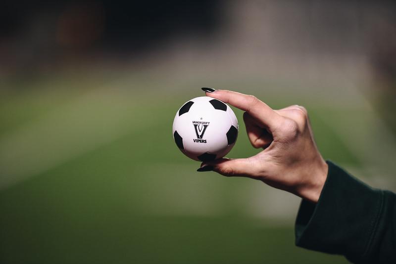 SoccerGirlsVarsity_Jan18_ElainaEich0053.jpg