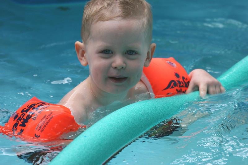 Aaron in pool 7-07.jpg
