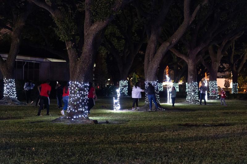 Christmas Tree Lighting_2019_144.jpg