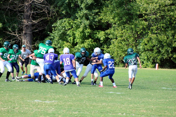 Junior Prep scrimmages William Monroe