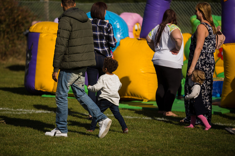 bensavellphotography_lloyds_clinical_homecare_family_fun_day_event_photography (207 of 405).jpg
