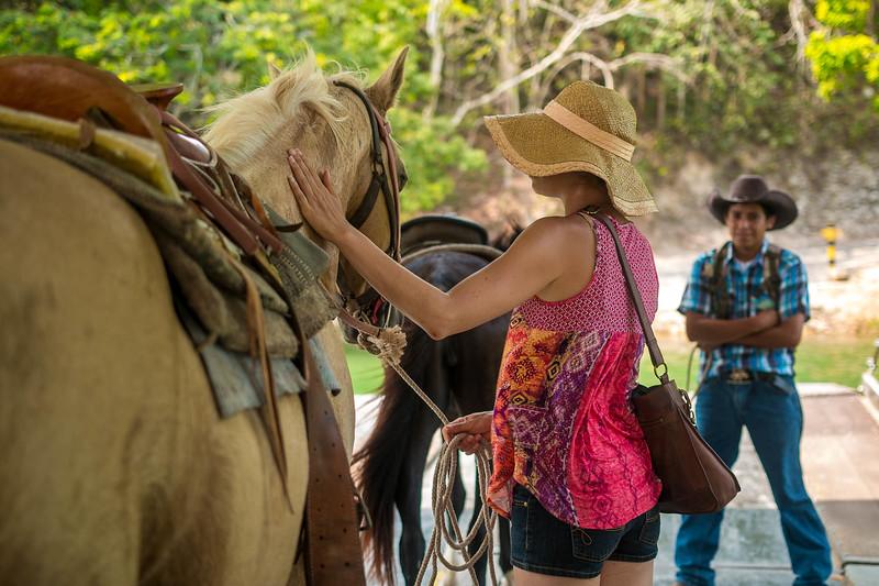 Xunantunich Belize horesback riding-7.jpg