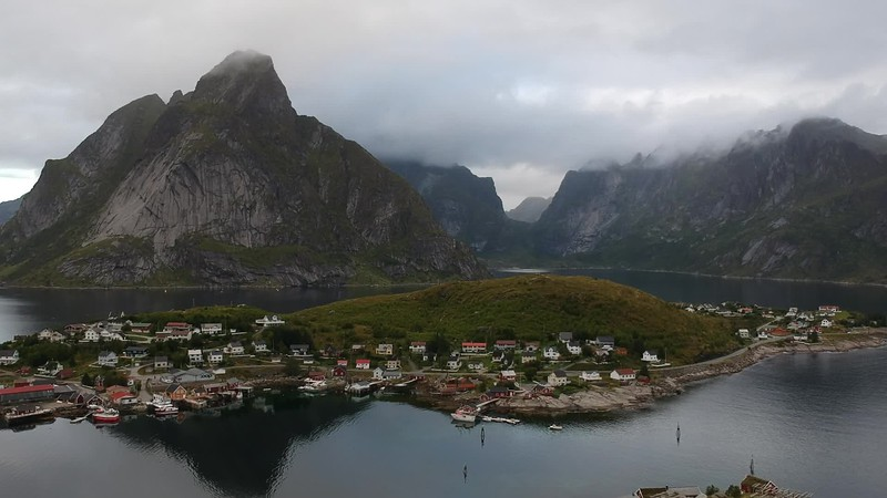 8-31-17241622lofoten Nusfjord Fishing Village.MP4