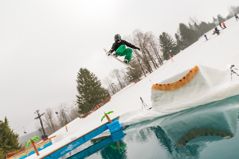 Pool-Party-Jam-2015_Snow-Trails-722.jpg
