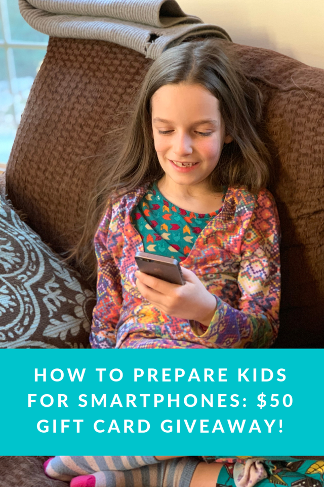 Are your kids ready for smartphones? Sometimes it's tricky to tell. Here's how to prepare your kids for smartphones for when they're ready #ad #vzfamilytech