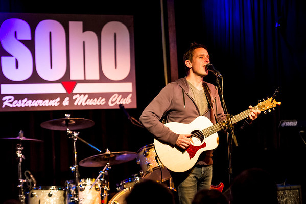 Glenn Phillips Performs at Soho