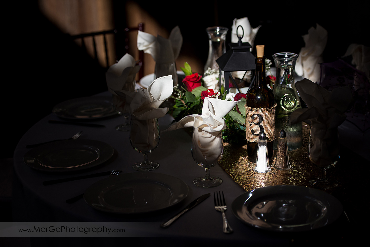wedding table decor at Elliston Vineyards in Sunol