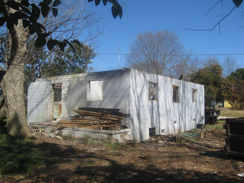 10  03-06 Removal of rotten roof and floor framing.  Shane Persaud