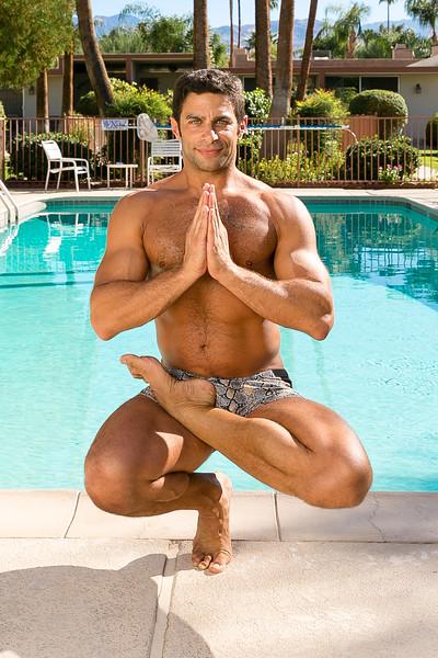 Tom_Dean_POOL_Yoga_125.jpg