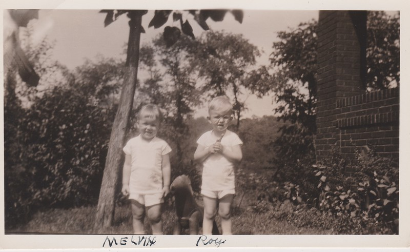 Melvin och Roy Swanson 1933