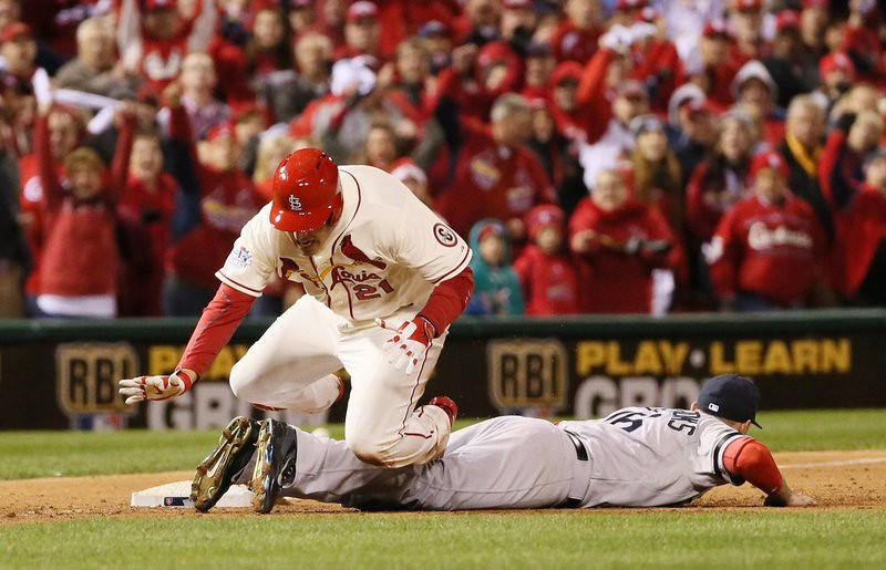 """. <p><b> Baseball history was made Saturday night in St. Louis when, for the first time ever, a World Series game ended with � </b> <p> A. An obstruction call <p> B. A pickoff play <p> C. Tim McCarver silent <p><b><a href=\'http://mlb.si.com/2013/10/27/world-series-game-3-obstruction-video-cardinals-red-sox/\' target=\""""_blank\"""">HUH?</a></b> <p>   (Chris Lee/St. Louis Post-Dispatch/MCT)"""