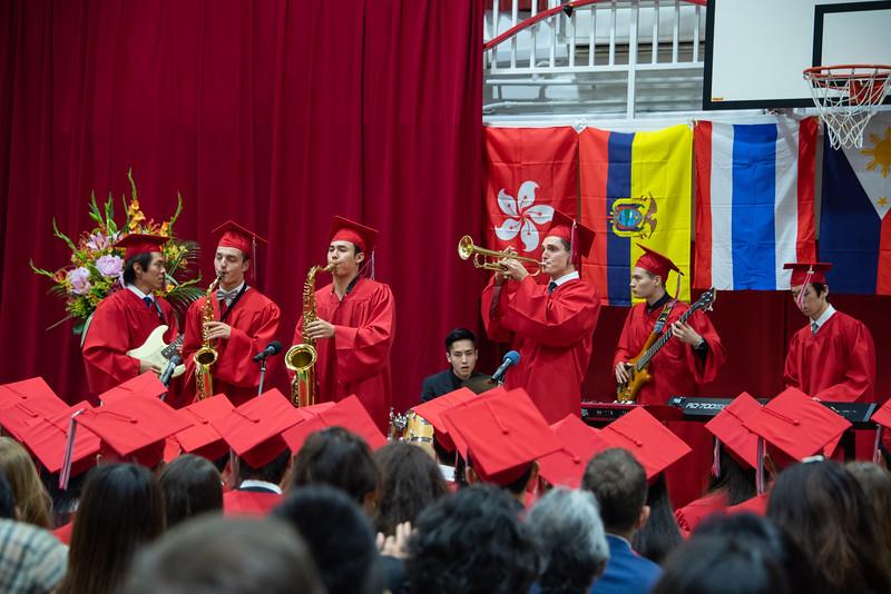 Senior -Graduation-YIS_3128-2018-19.jpg