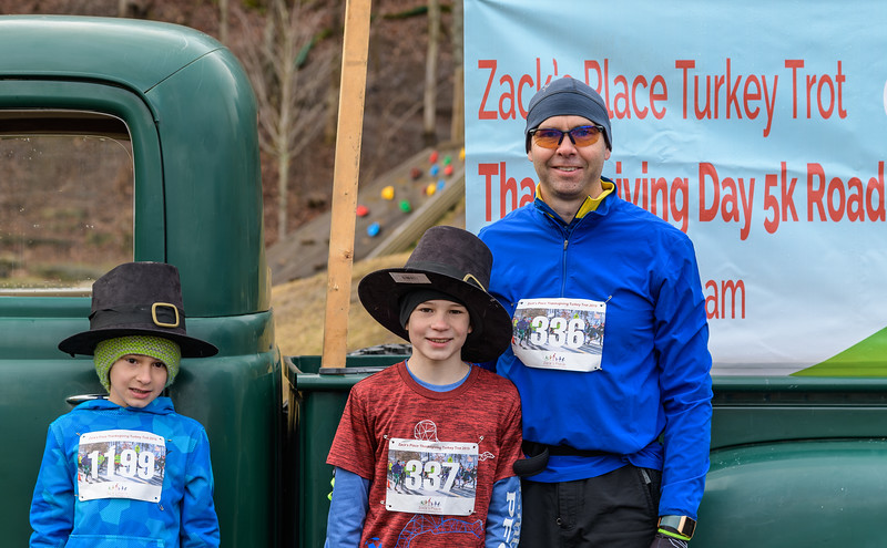 2019 Zack's Place Turkey Trot -_8507777.jpg