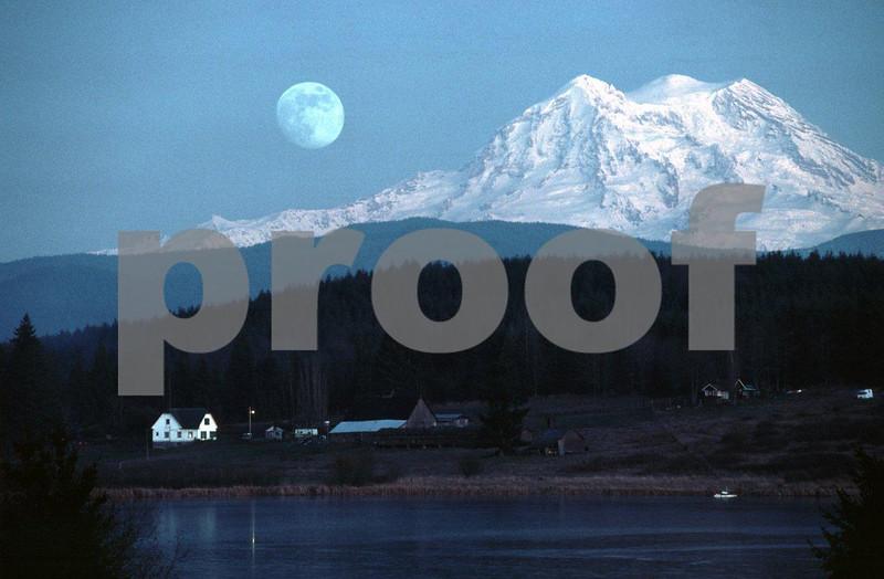 Rapjohn moon 0188.jpg