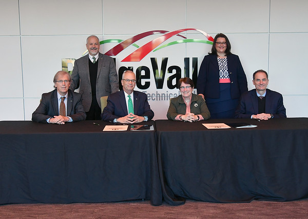 10.26.17 Marshall University-BridgeValley CTC Agreement signing
