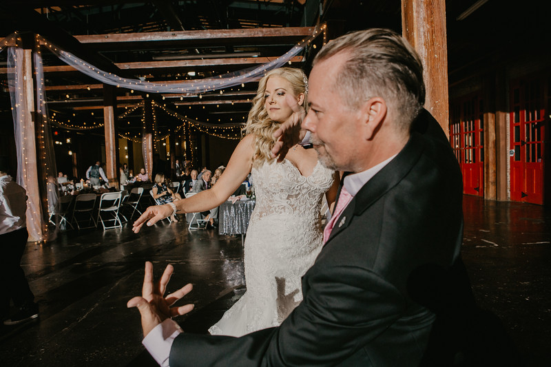 Lacy and Craig-9429.jpg