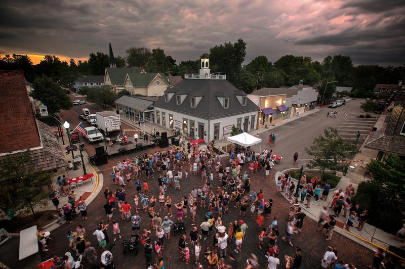 0010-SP014485-Zville.St.Dance.2012.jpg