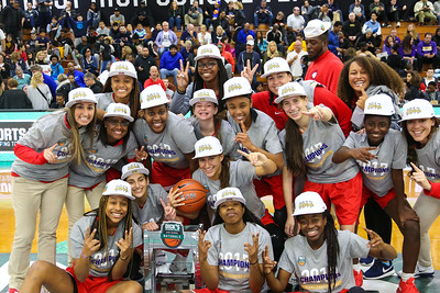 MIAMI COUNTRY DAY (FL) Girls  2017 Championship winners
