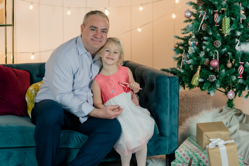 Therrien Family December 2020-7.jpg