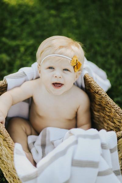 Lilah Bea 6 Months-24.jpg