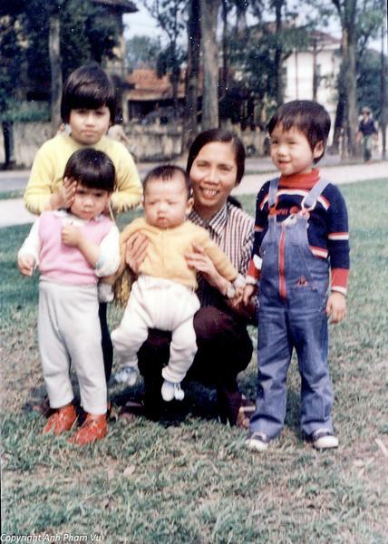 Vietnam 80s 26.jpg