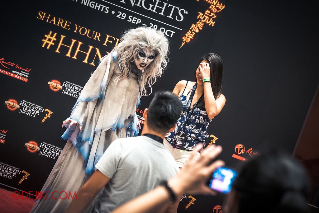 Halloween Horror Nights 7 Singapore - RIP Tour Review / Private Meet and Greet with Iconic Character MALICE 2