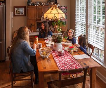 2015-12 Christmas-4 families