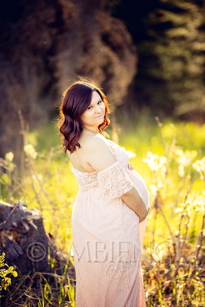 Maddy & Tanner | Maternity