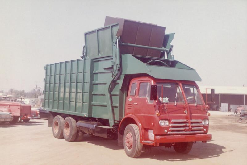 International CO190  Bowles Front Loader
