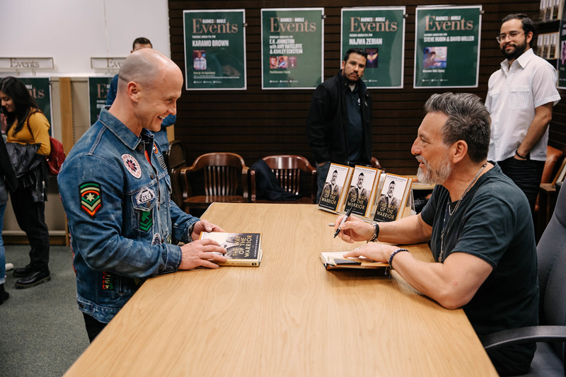 2019_2_28_TWOTW_BookSigning_SP_604.jpg